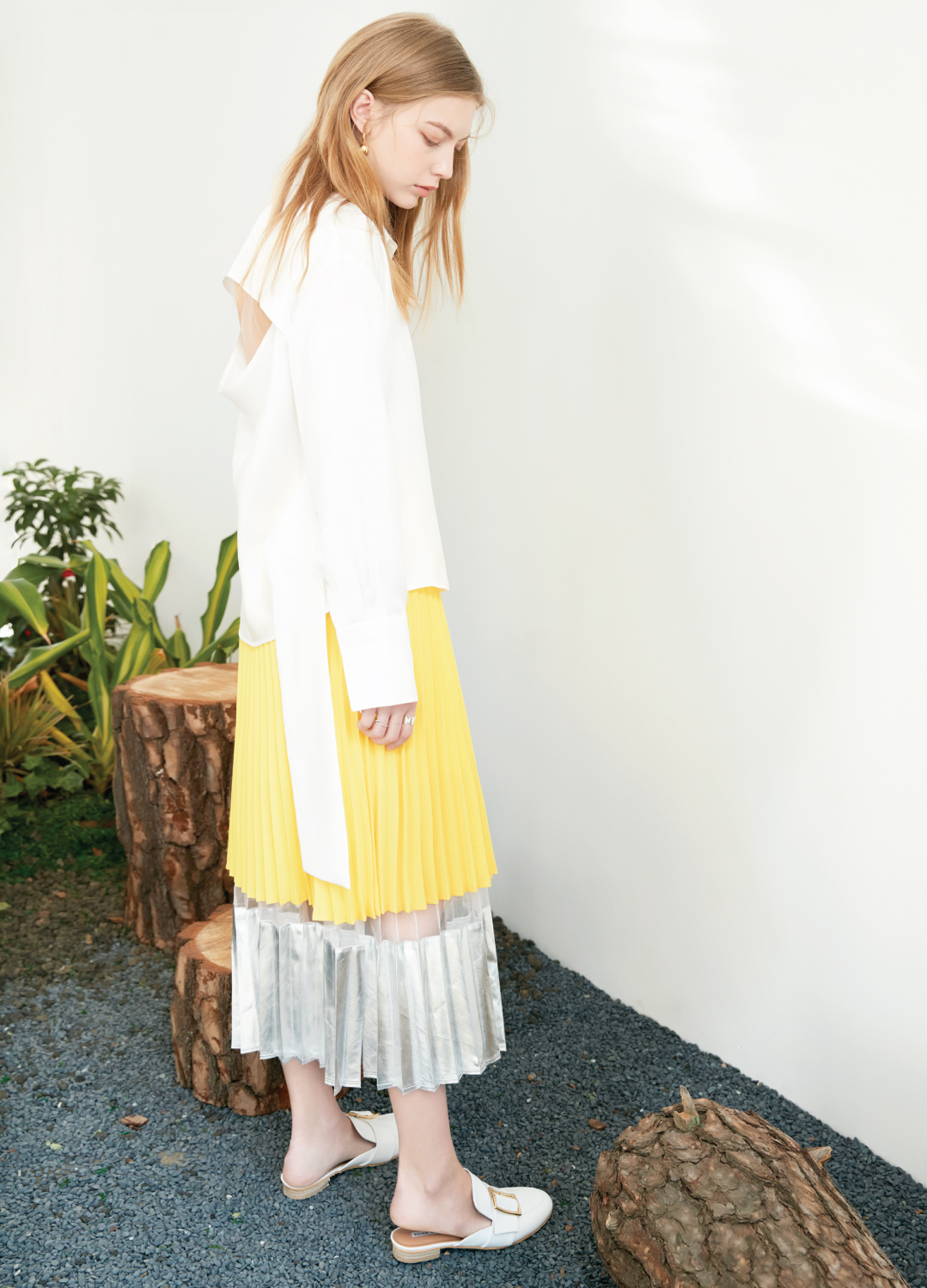 shine pleats skirt Yellow