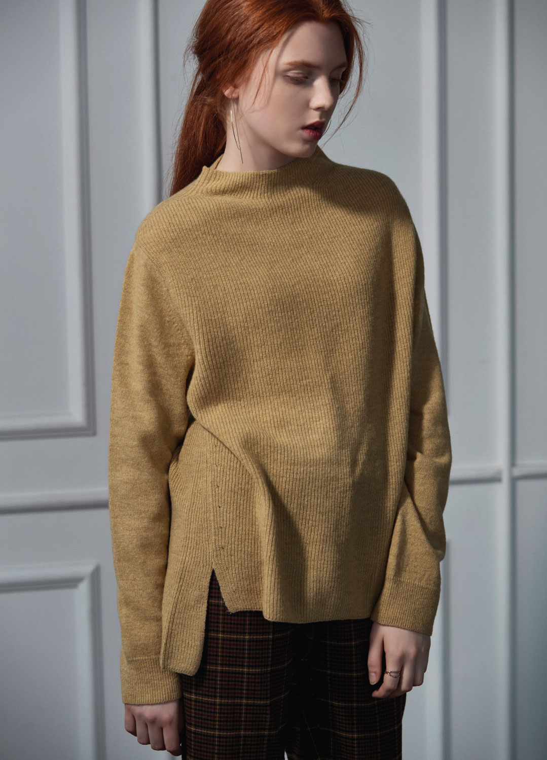 half neck sweater beige 40%