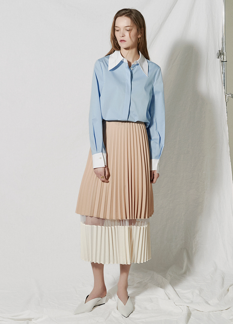 tone on tone  pleats skirt Beige