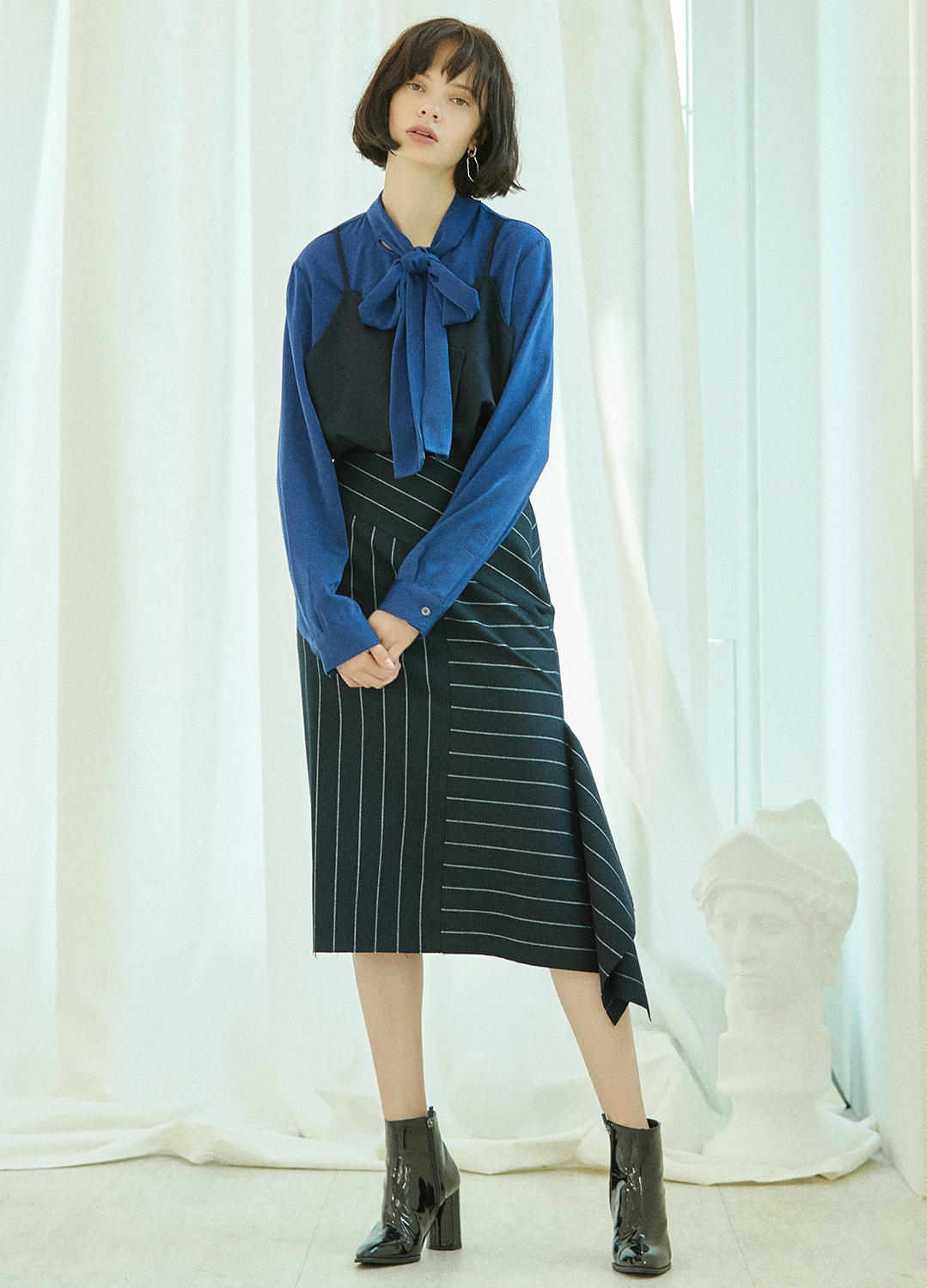 side slit stripe skirt Navy 30%