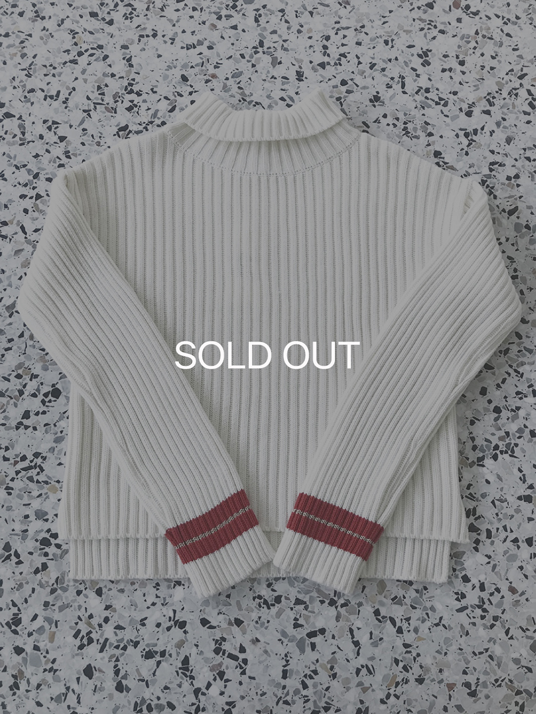 [SAMPLE] sleeve line knit White 70%