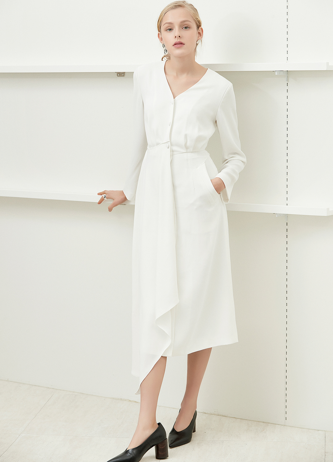 minimal long dress White 30%
