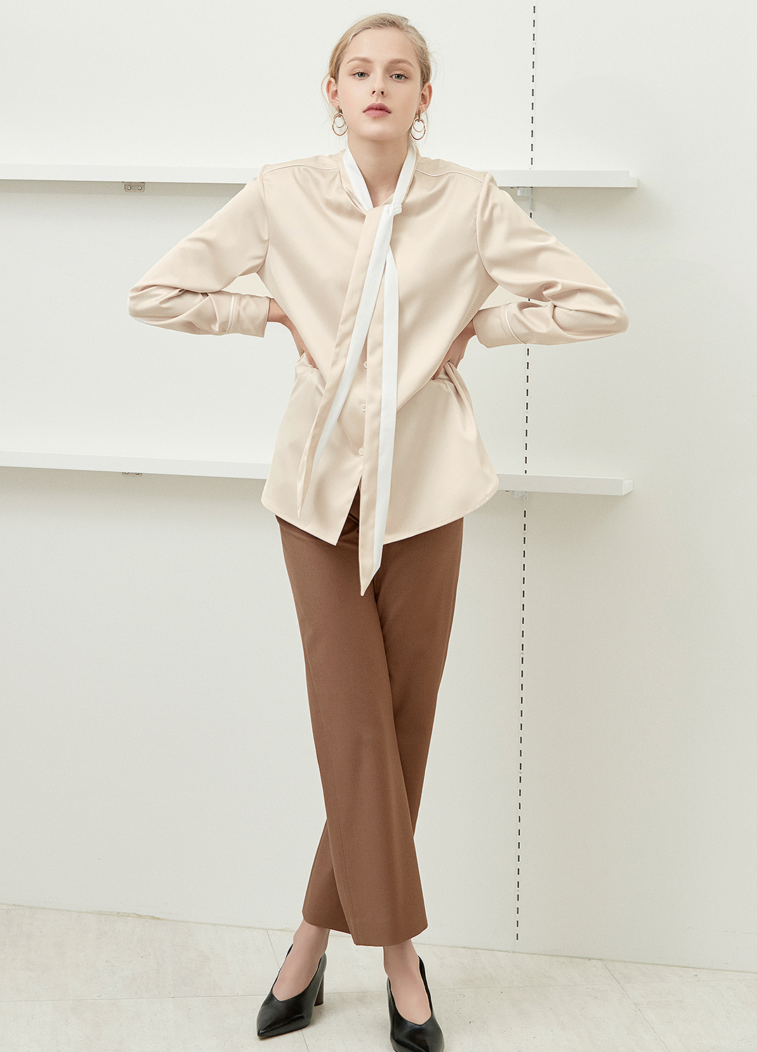 color block tie blouse Beige 30%