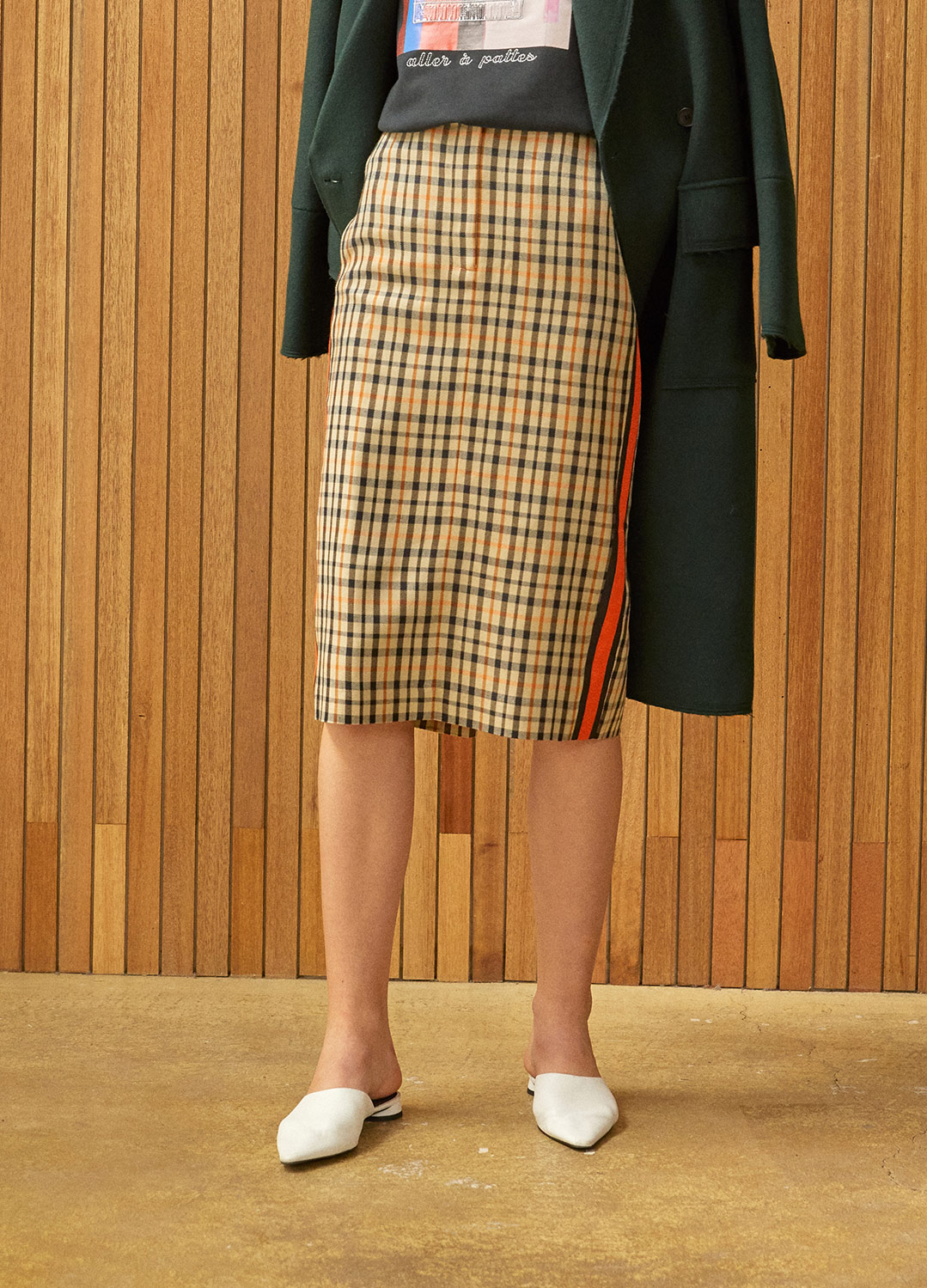 side color block skirt Check