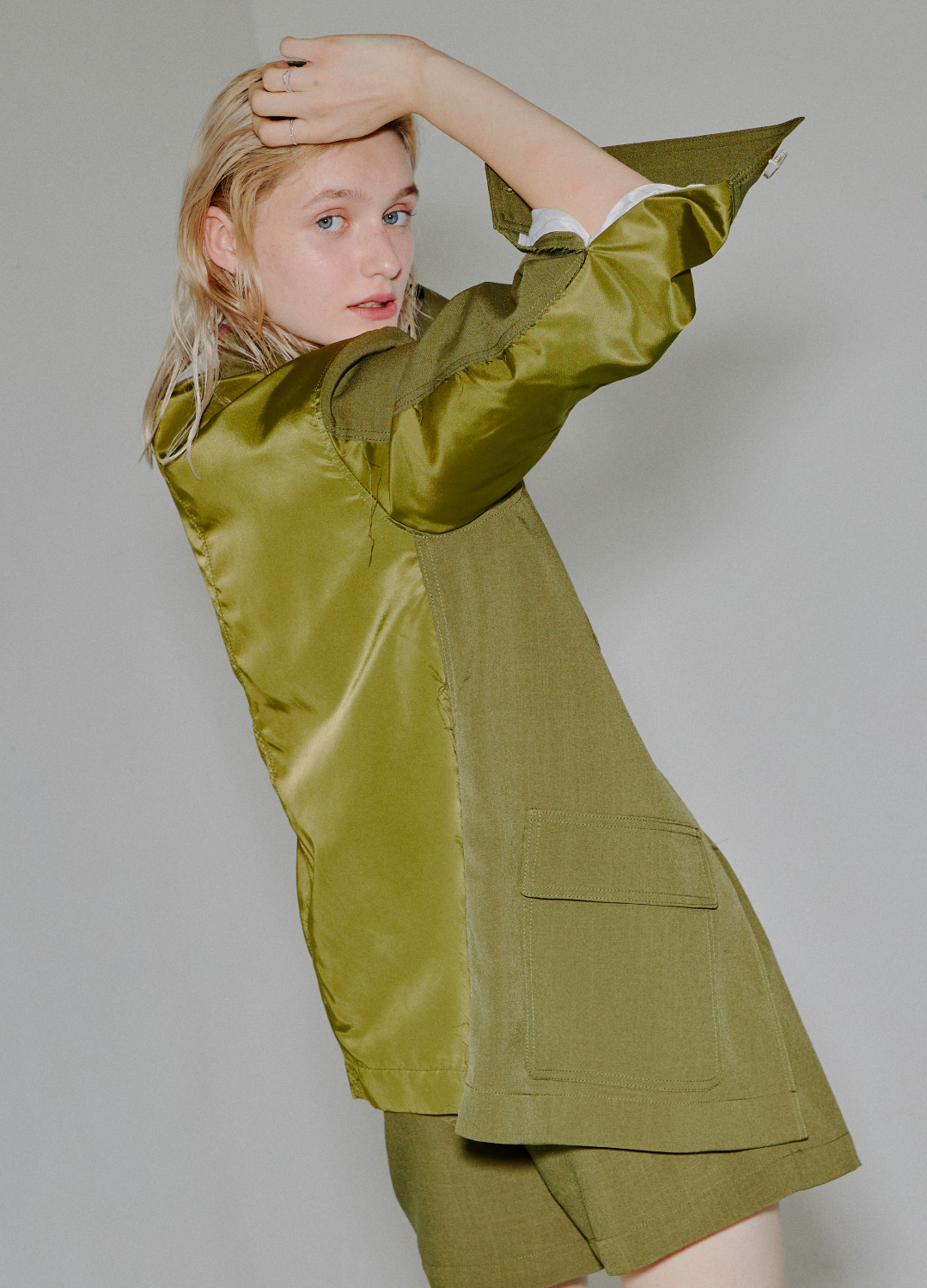 glossy back pocket jacket Khaki